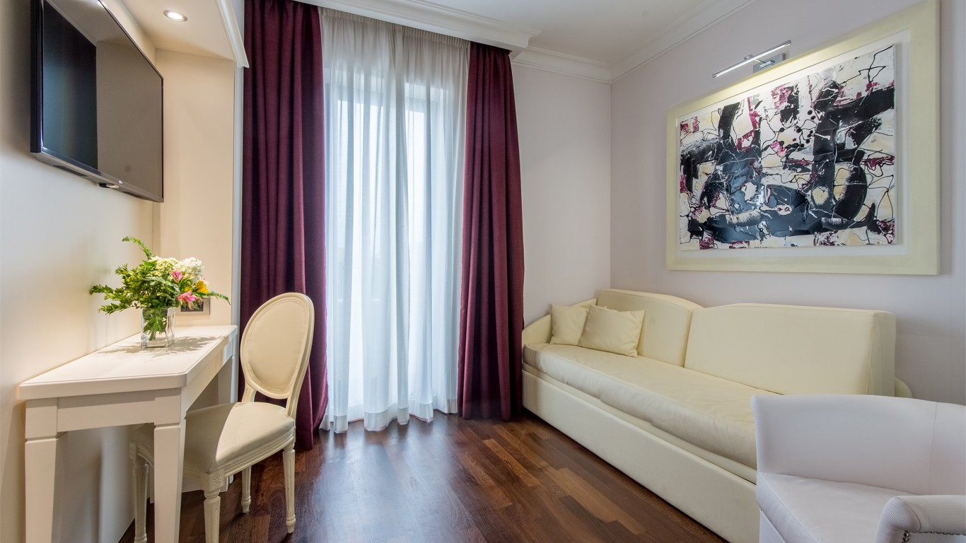 Hotel-Trilussa-Palace-Rome-Room-118