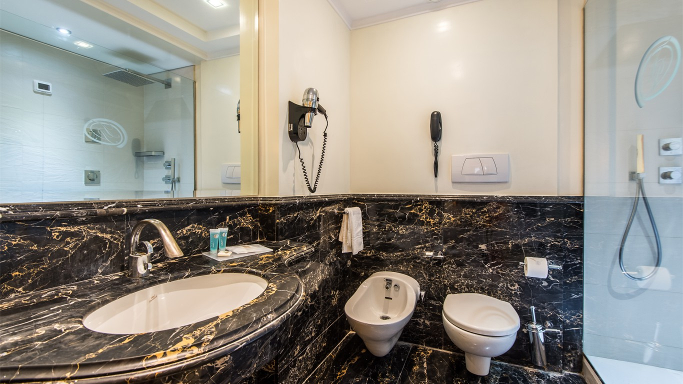 Hotel-Trilussa-Palace-Rome-Room-94