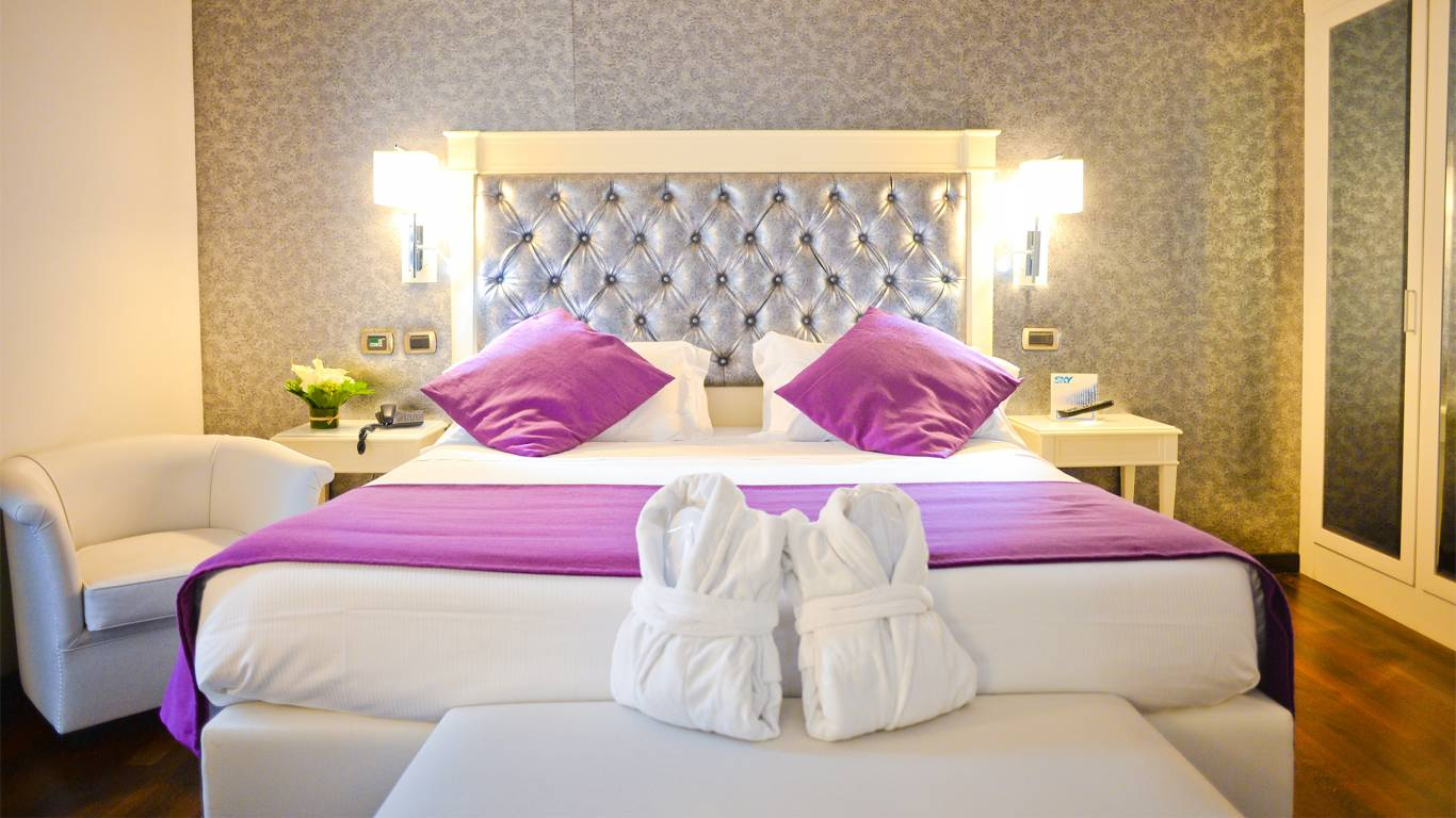 Hotel-trilussa-palace-roma-nuova-foto-JUNIOR-SUITE-1