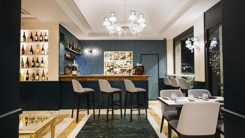American-Bar-Trastevere-Rome-Trilussa-Palace-Hotel-Rome-85S-1218