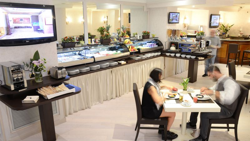 Hotel-Trilussa-Palace-Roma-cafe-da-manha-DSC-2725