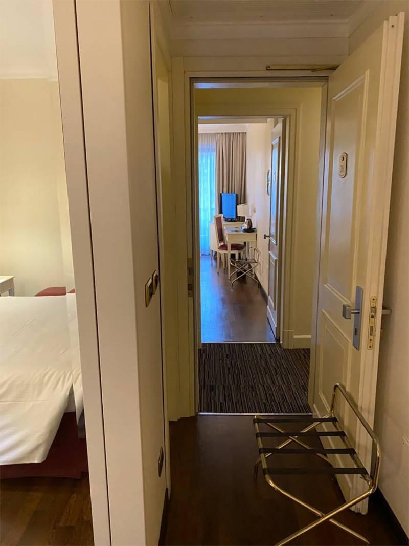 HOTEL-TRILUSSA-PALACE-FAMILY-SUITE3