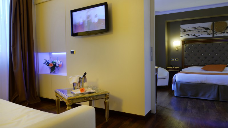 Hotel-Trilussa-Palace-Rome-Junior-Suite