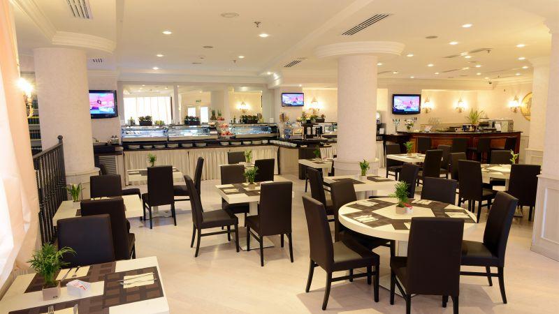 Hotel-Trilussa-Palace-Rom-unten-ausgesetzt-1
