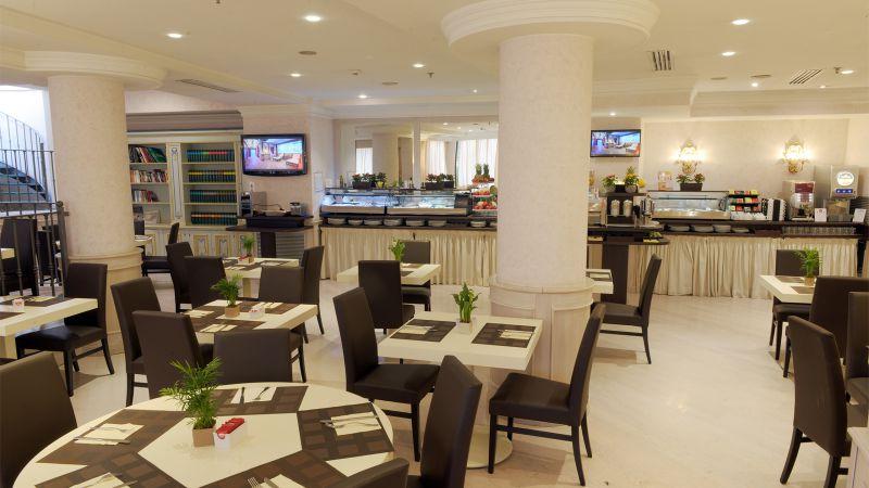Hotel-Trilussa-Palace-Rom-unten-ausgesetzt-2